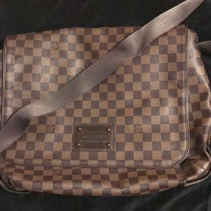 Authentic Louis Vuitton messenger bag